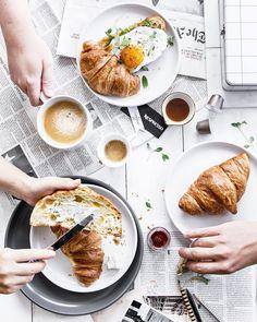 Hello everyone! Even the most delicious breakfast tastes better when shared with dearests.  Każdy posiłek smakuje lepiej w towarzystwie…