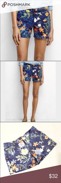 """Floral chino Lands End shorts Sz 0 waist 29"""" Lands' End brand chino style shorts in the low rise style. Beautiful floral pattern. Front pockets. Zip and slide clasp. Back pockets for looks only. Size 0. Measures approximately 29"""" waist & almost 5"""" inseam or 4 3/4."""" Good condition. The only flaw I see is a white line which seems to be a pattern of the material, but I've taken a close up photo. The inside has a name written in next to the label, but this doesn't show up when wearing them…"""