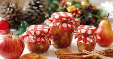 2 červená jablka 2 sladké hrušky 2 mandarinky šťáva z 1 citronu 1 lžička mleté skořice 200 g hnědého třtinového cukru 150 ml rumu Jablka a hrušky omyjte, nakrájejte na čtvrtiny, zbavte jádřince a pokrájejte na stejně velké kostičky. V míse zakápněte vymačkanou šťávou z 1 citronu a promíchejte. Mandarinky oloupejte, rozdělte na dílky a …