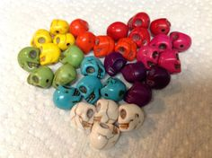 Hey, I found this really awesome Etsy listing at http://www.etsy.com/listing/101382261/30-mixed-turquoise-howlite-skull-beads