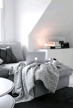 Image via We Heart It https://weheartit.com/entry/159933296 #bedroom #decor #home #interior #laptop #luxury #mac #macbook #room #sofa #tech