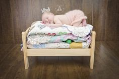 SBurritt Photography Canada Princess and the pea  bed newborn photographer professional crown quilts