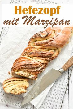Fantastic yeast braid with marzipan filling and chopped almonds, as from the baker, vegan possible, e. from the Thermomix, with photo instructions Recipes With Yeast, Meat Recipes, Cake Recipes, Sweet Bread Meat, Cake Simple, Evening Meals, A Food, Bakery, Easy Meals