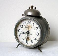 Alarm clock Vintage alarm clock Antique clock Old alarm clock Retro home decor Vintage home decor