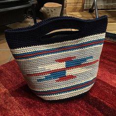 やっと!で〜け〜た〜!#手編みバッグ#かぎ編み#ネイティブ#オルテガ柄