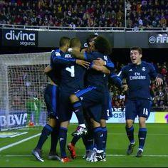 Real Madrid @realmadrid   GOLAZO! @karimbenzema  @garethbale11  @cristiano  @karimbenzema