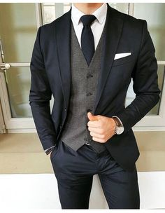 Wedding Suits Dark suit and tie with grey vest Mode Costume, Mode Masculine, Mens Fashion Suits, Mens Suits Style, Men's Fashion, Fashion Guide, Cheap Fashion, Fashion Rings, Fashion Photo