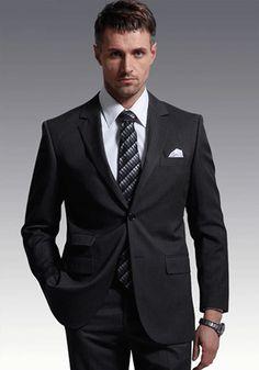 ダークな色味の中にも落ち着いた光沢がある大人コーデ☆ 男性列席者のスーツまとめ。ウェディング・ブライダルの参考。