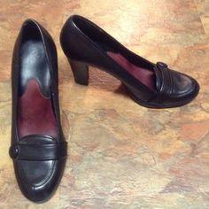A2/Aerosole Shoes Size 9 Black