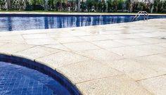 LINHA PREMIUM BASIC   Conforto e Segurança a seus pés. Tradicional linha de pisos e bordas para piscinas e áreas de lazer. Atérmico, disponível em várias cores e possui textura antiderrapante. Consulte-nos:contato@mmrepresentacoes.com.br #pisoatermico #pisopiscina #pisoareaexterna #decor #design #engenharia #arq #arquitetura #sol  www.facebook.com/mmrepresentacoes
