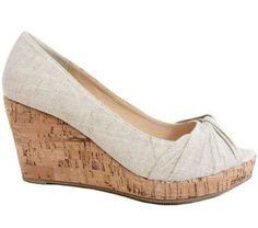 Wedge Sandals, Footwear, Wedges, Facebook, Shoes, Fashion, Moda, Zapatos, Wedge Flip Flops