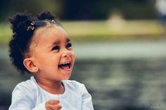 Gaby e toda a sua felicidade!! >>> Ative sua máquina do tempo <<< #hardphotographia #hard2015 #ativesuamaquinadotempo #ensaio #ensaioexterno #parque #jardimbotanico #foto #fotografia #instafoto #saopaulo #crianca #felicidade #primeiroaniversario #menina #1ano #activateyourtimemachine #photography #photographia #photo #kid #girl #happy #gaby #gabriela #instagirl #littlegirl #instalittlegirl #saopaulocity #instahappy