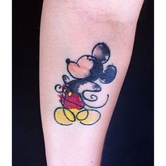 43. #Mickey Mouse - 45 #tatouages aquarelles #incroyables... → #Beauty