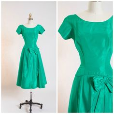Hey, I found this really awesome Etsy listing at https://www.etsy.com/listing/248393494/1950s-vintage-dress-one-mint-julip-green