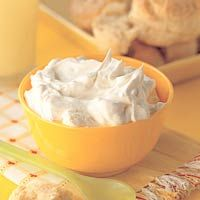 High tea -Clotted cream (dikke room) - recept - Taste and Inspiration recepten Dutch Recipes, Low Carb Recipes, Sweet Recipes, Snack Recipes, A Food, Food And Drink, Cake Filling Recipes, Tea Snacks, Clotted Cream