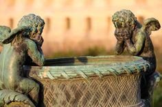 Dans les jardins de Versailles, France