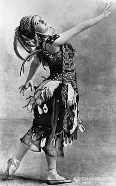 Known as the pre-eminent ballerina of her time, Tamara Karsavina (above) wearing the costume designed for her lead role as The Firebird, brought the house down with her ethereal performance.