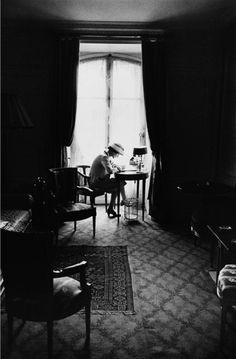 Happy Birthday Madame Chanel Grazie per averci insegnato che anche dal nulla si può costruire un magnifico sogno e nel suo caso un fantastico impero, Che la bellezza è nulla senza lo stile, Che la ...