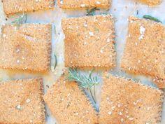 Crackers Senza Farina e Lievito (Senza Glutine) | Dolce Senza Zucchero