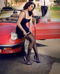 Ragazze sexy e belle macchine