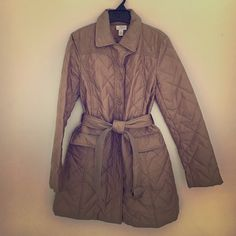Lightweight Puffer Coat Loft Trench Coat in Camel/ Gold color 60% nylon 40 % polyester LOFT Jackets & Coats Trench Coats