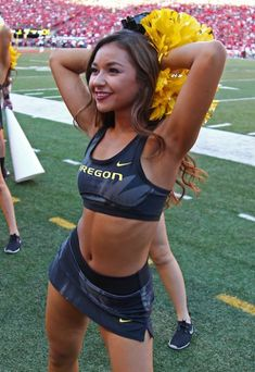A look back at our 45 favorite cheerleaders from the 2016 college football season. They can cheer for us anytime! Oregon Cheerleaders, Football Cheerleaders, Football Names, Navy Football, College Cheerleading, Cheerleading Pictures, Cheerleading Outfits, Cheer Pictures, Gym