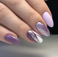 Most up-to-date Cost-Free Nail Art Glitter line Ideas Then clothes, tresses as well as shoes and boots, the subsequent stylish merchandise is actually nai Purple And Pink Nails, Purple Glitter Nails, Purple Nail Art, Purple Nail Designs, Pretty Nail Art, Glitter Nail Art, Nail Art Designs, Purple Nails With Design, Gold Glitter