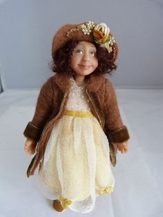Hey, I found this really awesome Etsy listing at https://www.etsy.com/jp/listing/196039614/dollhouse-miniature-child-ginny-by-jomed