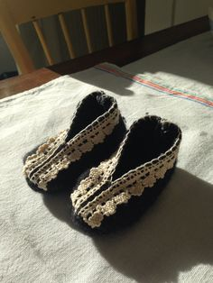 Felted Wool Charcoal Gray Baby Shoes with cotton lace by ProspectHillHandmade on Etsy https://www.etsy.com/listing/229732498/felted-wool-charcoal-gray-baby-shoes