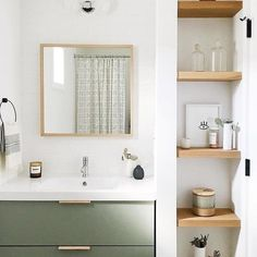 #BlackBathroomDecor Bathroom Renos, Basement Bathroom, Bathroom Shelves, Master Bathroom, Bathroom Ideas, Bathroom Organization, Bathroom No Window, Bathroom Canvas, Bathroom Wood Wall