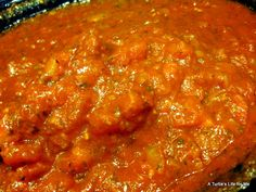 Homemade spaghetti sauce from the garden.nothing beats fresh sauce Freezer Spaghetti Sauce, Spagetti Sauce, Homemade Spaghetti Sauce, Homemade Sauce, Homemade Pasta, Spaghetti Recipes, Freezer Cooking, Crock Pot Cooking, Freezer Meals