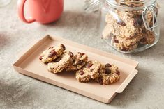 Recipes | INC - International Nut and Dried Fruit Council Constipation Remedies, Raisin Cookies, Rolled Oats, Dried Fruit, Tray Bakes, Healthy Tips, Cookie Dough, Oven, Baking