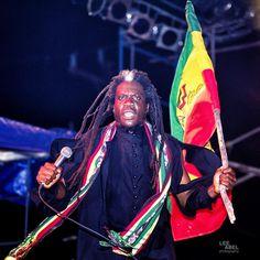 Rastafarian Culture, Rasta Man, Reggae Artists, Concert Photography, Reggae Music, Bob Marley, Black History, Jamaica, Dj