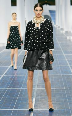 Chanel-Spring-Summer-2013-Ready-to-Wear-Collection_01