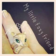 My little foxy friend... Makes a sweet gift! Shop with Emma!:) https://www.chloeandisabel.com/products/R048EM/fox-wrap-ring?m=emmaxiyuhu #Fox #Ring #Bling #Jewelry #Gifts