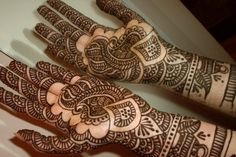 Asha Salva Mehndi Designs..