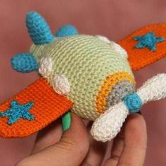airplane crochet amigurumi pattern
