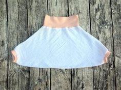 Eine Anleitung für eine sehr einfache und schnelle Musselin-Pumphose für Babys als Upcycling