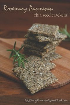 Best low carb keto cracker recipe with sunflower seeds and chia seeds. These are the perfect grain-free snack!  via @dreamaboutfood