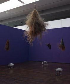 Annette Messager, Danses du scalp