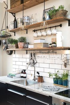 Small Kitchen Makeover Gorgeous Small Kitchen Remodel Ideas 49 - Remodeling your small kitchen shouldn't be a difficult task. When you put your small kitchen remodeling idea on paper, just […] Home Decor Kitchen, Interior Design Kitchen, New Kitchen, Kitchen Ideas, Minimal Kitchen, Kitchen Small, Kitchen Trends, Kitchen Wood, Awesome Kitchen