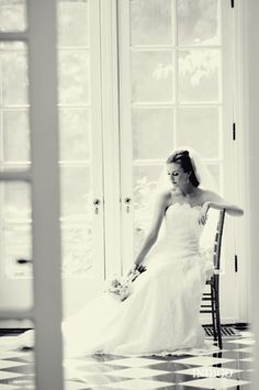 indoor bridal portrait - pose