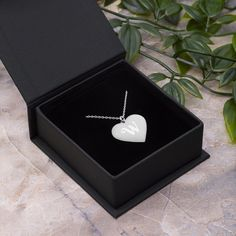 Modogirl Sliver Plated Exqusite Love Crystal Shaped Pendant Necklace for Women