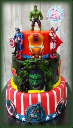 The+Avengers+cake+-+Cake+by+Sam+
