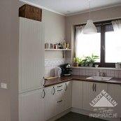Stat kitchen + lovely old-look tiles