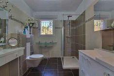 Salle de bain la Propriété avec locations saisonnières  à Tourrettes sur Loup  - Alpes Maritimes