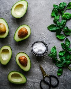 Reminiscing about Mexico and eating avocado for breakfast, lunch and dinner. Food Photography Styling, Food Styling, Vegan Dinners, Lunches And Dinners, Avocado Recipes, Vegan Recipes, Canned Blueberries, Vegan Scones, Gluten Free Flour Mix