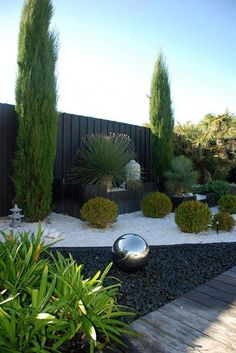 30 the key to successful modern front yard landscaping 16 30 the key to successful modern front yard landscaping 16 Front Garden Landscape, Gravel Garden, Desert Landscape, Fence Garden, Garden Pond, Garden Care, Shed Landscaping, Modern Landscaping, Rocks In Landscaping