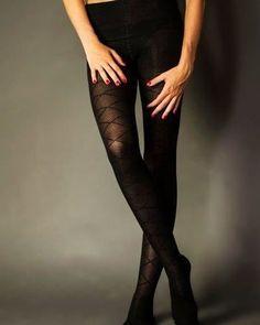 Takové ty punčochy, kterých není nikdy dost. Krásné černé bavlněné punčochy #puncohy #nylonky #zimnipuncochy #bavlnenepuncochy #silonky #kvalitnipuncochy Stockings, Fashion, Socks, Moda, Fashion Styles, Fashion Illustrations, Panty Hose, Sock