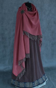 Pretty Outfits, Cool Outfits, Kleidung Design, Viking Clothing, Larp, Medieval Fashion, Fantasy Dress, Character Outfits, Looks Cool